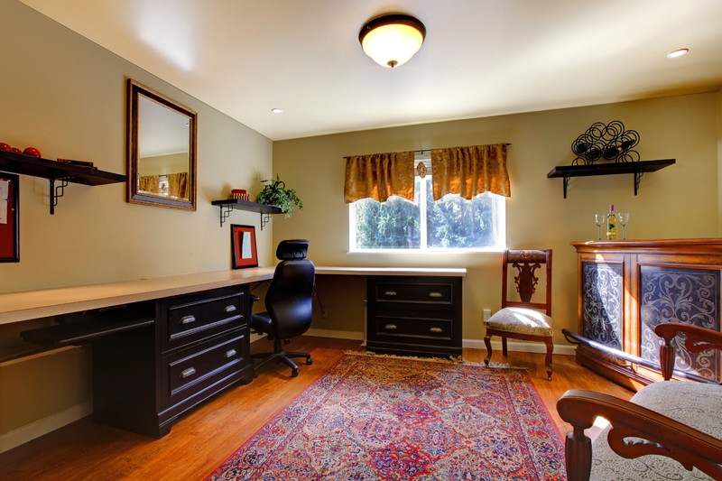 How to Mix Antique and Modern Furniture in Your Home